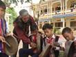 昆嵩省学校通过课外活动来保护民族传统 文化