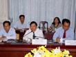 美国国会议员助理工作代表团访问越南永隆省