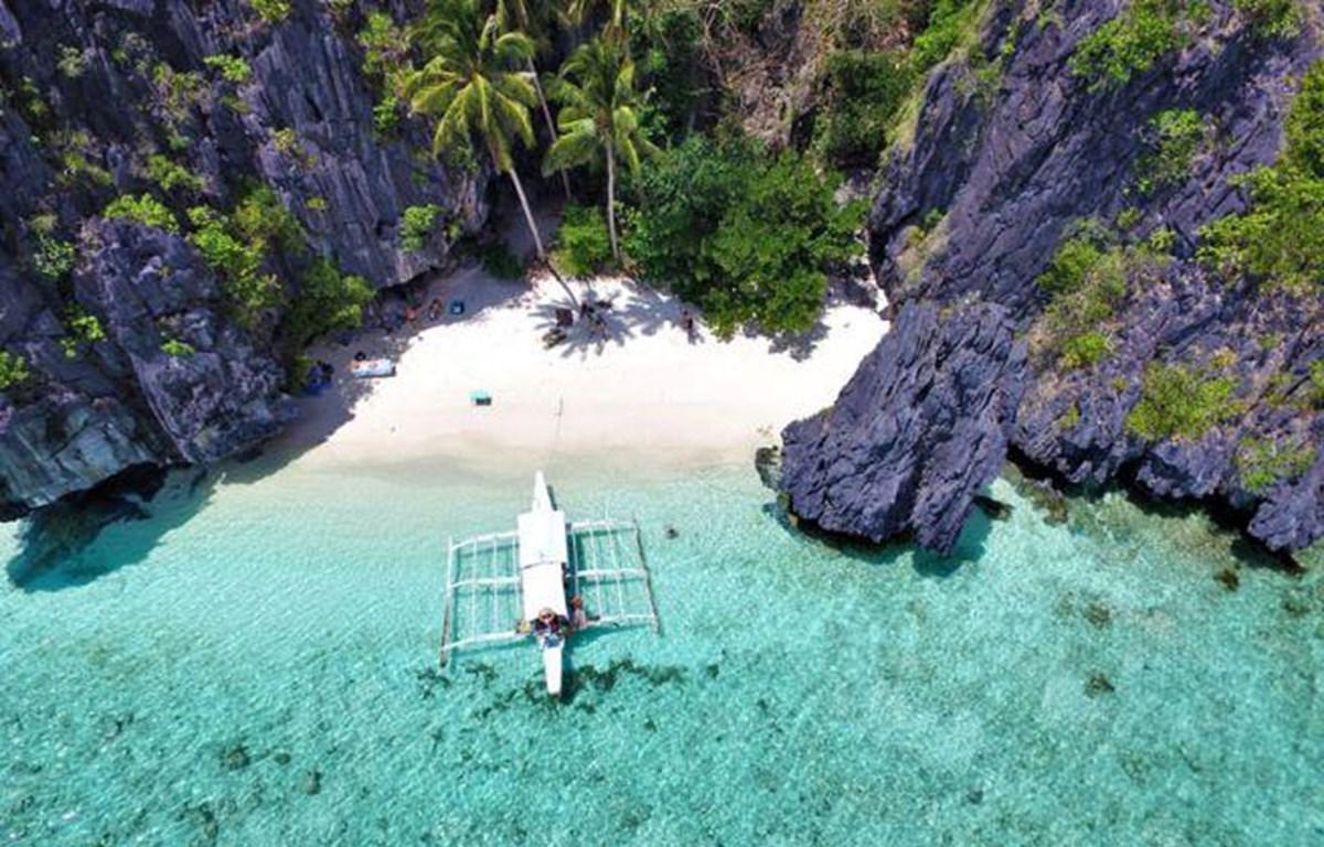 菲律宾2019年拟吸引外国游客820万人次