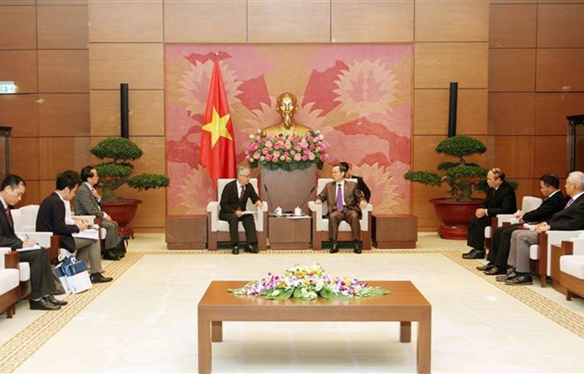 国会副主席冯国显会见JICA高级副总裁