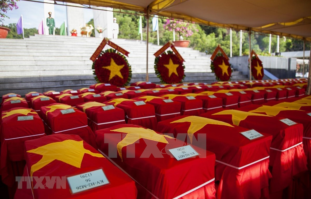 在柬牺牲越南志愿军、专家烈士遗骸。图自越通社