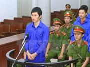 越南河内市人民法院开庭审理铁路公司人员滥用职权一案