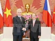捷克参议院议长米兰·什捷赫圆满结束对越进行的正式访问