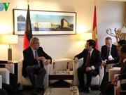 越南国家主席张晋创会见德国柏林市长克劳斯·沃维莱特