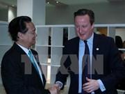 阮晋勇总理密集会见出席COP 21的各国领导