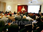 越南九龙江三角洲与法国经济合作促进座谈会在法举行
