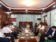 越共中央书记处常务书记黎鸿英看望慰问原老挝高级领导人