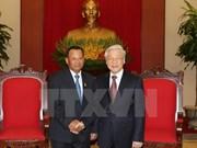 越共中央总书记阮富仲会见柬埔寨王国参议院主席赛宗