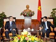 越南政府副总理兼外交部长范平明会见朝鲜新任驻越大使