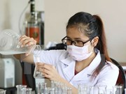 越共十二大:大力促进科学技术应用、革新和创新活动