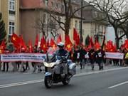 旅德越南人举行和平示威游行  抗议中国在东海的行为