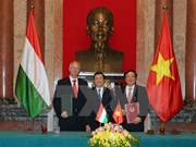 越南国家主席张晋创主席《越南与匈牙利刑事司法协助协定》签署仪式