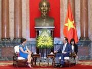 越南国家主席陈大光会见意大利驻越南大使册茨丽阿•皮乔尼
