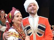 俄罗斯最悠久合唱团来越演出