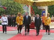 柬埔寨举行隆重仪式   热烈欢迎陈大光主席和夫人访柬