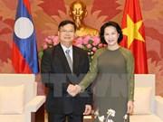 越南国会主席阮氏金银会见老挝国会副主席宋潘·平坎米