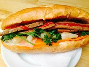 胡志明市跻身全球23座最佳街头美食城市