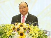 越南政府总理启程出席第28届和第29届东盟峰会及系列会议