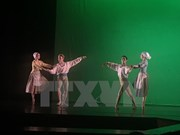 庆祝越南河内市与法国图卢兹市合作关系20周年芭蕾舞艺术表演活动在河内举行