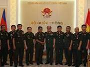 越柬军企加强合作