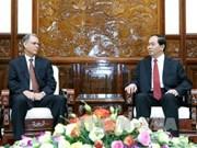 越南国家主席陈大光会见即将离任的摩洛哥驻越大使霍辛·法达尼