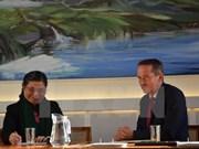 国会副主席丛氏放与丹麦外交部长克里斯蒂安•延森举行工作座谈会