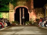 2016年河内奥黛节:发展旅游产品与推介传统服装相结合