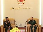 越副防长闭春长上将分别会见老挝和柬埔寨老战士协会代表团
