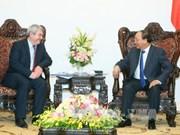 越南政府总理阮春福会见捷克和摩拉维亚共产党主席