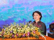 越南国会主席阮氏金银出席矿区煤矿工人——煤炭行业传统日80周年纪念典礼
