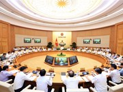 越南政府总理阮春福主持召开政府9月例行会议(组图)