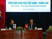 越南与芬兰教育论坛在河内举行