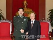 越共中央总书记阮富仲会见中国国防部高级代表团