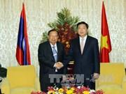本扬·沃拉吉高度评价胡志明市对老挝各地的帮助与支持