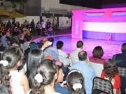 越南水上木偶戏给埃及观众留下深刻印象