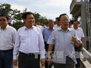 越南政府副总理王廷惠在后江省调研