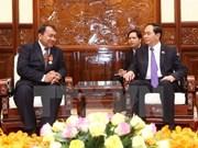 越南国家主席陈大光会见柬埔寨驻越大使