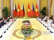 越南国家主席陈大光与菲律宾总统杜特尔特举行会谈