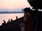 西湖放生——河内人的优良文化