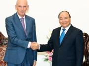 阮春福总理会见塞尔维亚驻越南大使