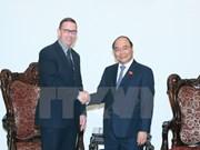 越南政府总理阮春福会见新西兰怀卡托大学校长奎格力教授