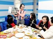 以色列小伙子Shahar Lubin情系越南美食