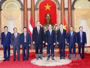 越南国家主席陈大光会见前来递交国书的各国新任驻越大使(组图)
