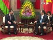 越南国家主席陈大光会见白俄罗斯国家安全委员会主席瓦列里•瓦库利奇克
