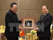 越南政府总理阮春福会见泰越友好人士和泰国企业领导代表