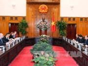 政府总理阮春福会见欧盟委员会委员菲尔•霍根