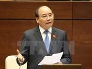 越南第十四届国会第二次会议:政府总理阮春福回复国会代表的提问