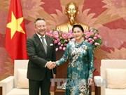 国会主席阮氏金银会见捷克和挪威驻大使(组图)