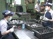 胡志明市各职能单位为工人过好春节做努力