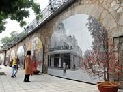 冯兴壁画街上的河内记忆(组图)